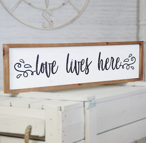 Wall art - Love Lives Here