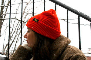 Tuque orangée (Orange beanie)