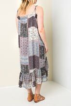 Load image into Gallery viewer, Plus Size - Printed Maxi Dress