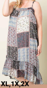 Plus Size - Printed Maxi Dress