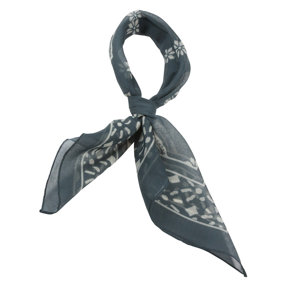 grey with pattern classic bandana male tied