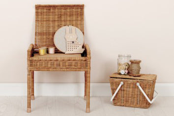 Storie Stool - Natural, white or rose