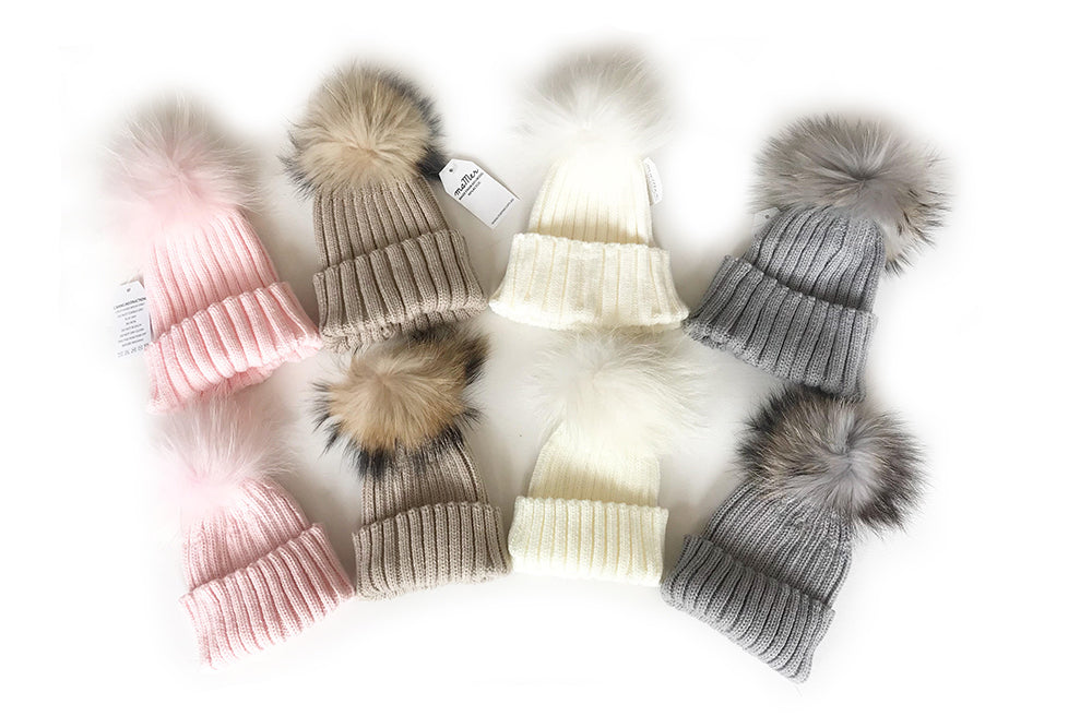 18930214 MALLA Beanie with pom pom - Sizes S (0-3Y), size M: Kids & Mum: pink, –  SMALL CONCEPT STORE
