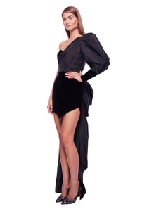 BLACK TAILORED VELVET GOWN