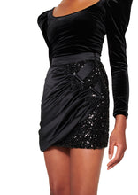 Load image into Gallery viewer, BLACK AND SEQUIN MINI SKIRT WITH TRIANGLE BUCKLE