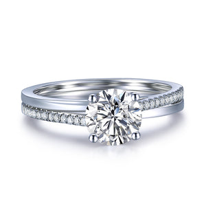 1.00ct Classic Round Cut Moissanite Engagement Ring, Available in White Gold or Platinum