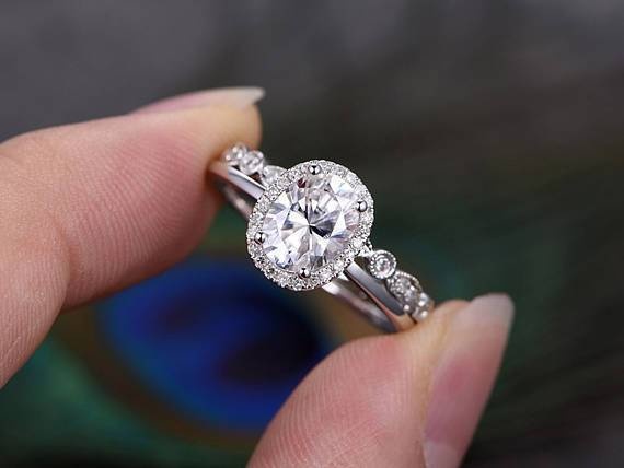 1.50ct Oval Cut Moissanite Ring Set, Halo Surround with Band, Available in White, Yellow, Rose Gold or Platinum, 1.00ct Main Stone