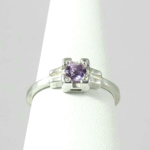 Embrace Ring, stackable Amethyst