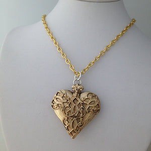Classical Decorative Heart- Yellow Bronze