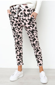 Sexy Feature Printed Loose Leisure Pants