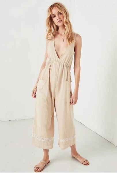 Lace Holiday Style Deep V Neck And High Waist Jumpsuit
