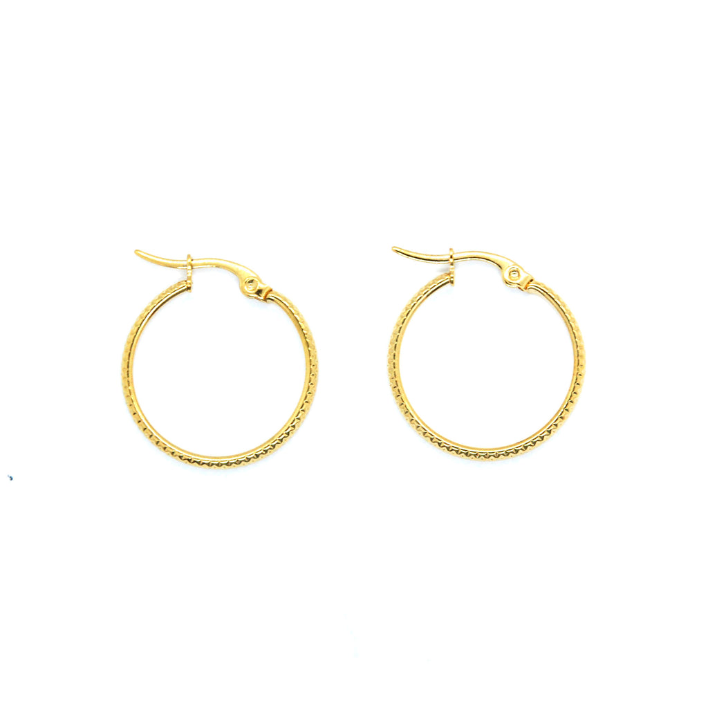 ESE 6687: Gold Plated 20mm Etched Accented Hoop Earrings