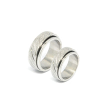 ESR 6796: Twirlable Endless Love 8mm Sandblasted Ring