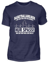 Laden Sie das Bild in den Galerie-Viewer, Herren Basic T-Shirt Navy / S Basketball: Basketballholiker? Ich?  - Herren Shirt (4362267721780)