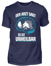 Laden Sie das Bild in den Galerie-Viewer, Herren Basic T-Shirt Navy / S Eishockey: ...es ist unheilbar  - Herren Shirt (4330461528116)