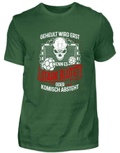 Laden Sie das Bild in den Galerie-Viewer, Herren Basic T-Shirt Bottle Green / S Handball: Handballer heulen nicht  - Herren Shirt (4339206979636)