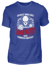 Laden Sie das Bild in den Galerie-Viewer, Herren Basic T-Shirt Royal Blue / S Handball: Handballer heulen nicht  - Herren Shirt (4339206979636)