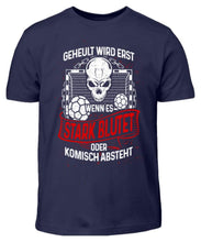 Laden Sie das Bild in den Galerie-Viewer, Kinder T-Shirt Navy / 3/4 (98/104) Handball: Handballer heulen nicht  - Kinder T-Shirt (4337371938868)