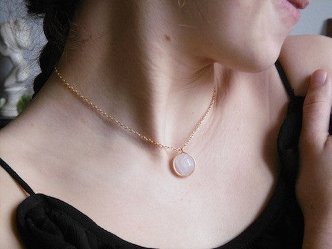 """Collier ras de cou Quartz Rose"""