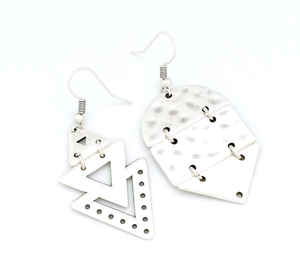 Lot de 2 Pendentifs triangles en Zamak argenté