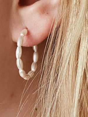 EARRINGS BY ATHÉ