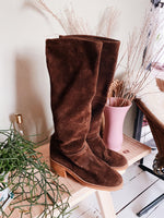 70'S BROWN SUEDE BOOTS