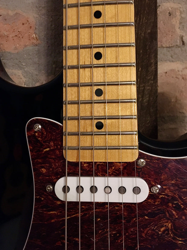 G&L Tribute Legacy BK MP E-Gitarre