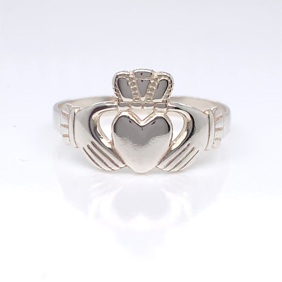 Sterling Silver Ladies Claddagh Ring
