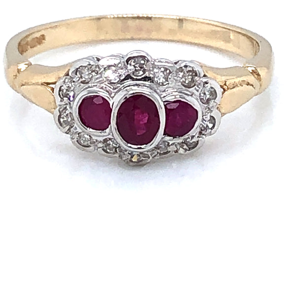 9ct Gold Ruby & Diamond Vintage Trilogy Ring