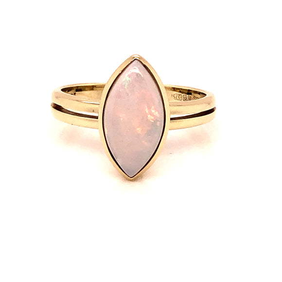 9ct  Gold Marquise Opal Ring