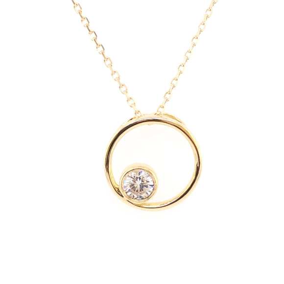 9ct Gold CZ in Small Circle Pendant