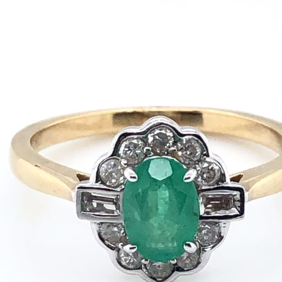 9ct Gold Emerald & Diamond 0.30ct Vintage Lace Ring