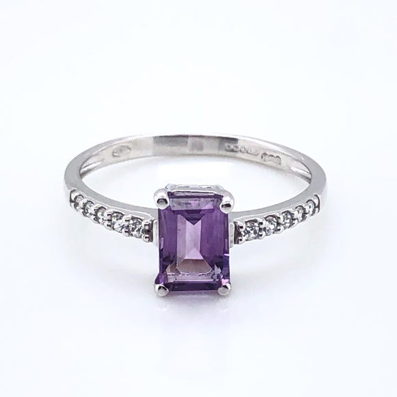 9ct White Gold Amethyst & CZ Ring