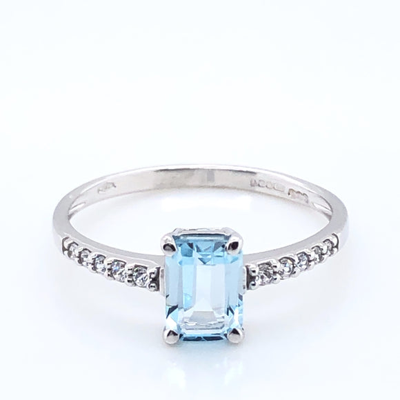 9ct White Gold Blue Topaz & CZ Ring