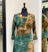 Load image into Gallery viewer, Printed Green Kurti