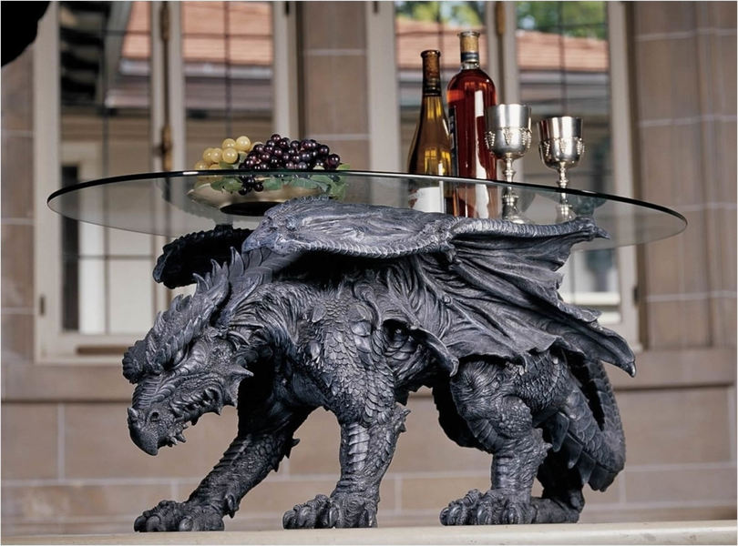 Table basse en forme de dragon