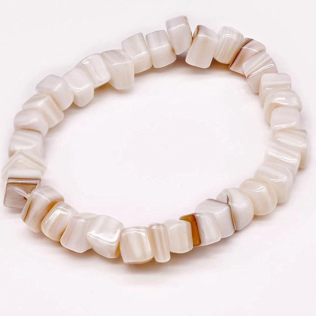 Mother of Pearls Stretch Bracelet - Block - Akuna Pearls