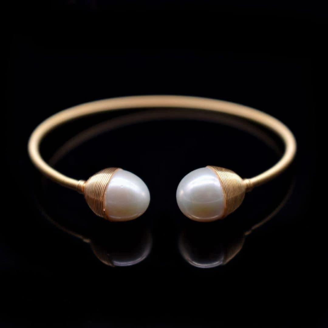 Freshwater Pearl Bangle - Lavinia - Akuna Pearls