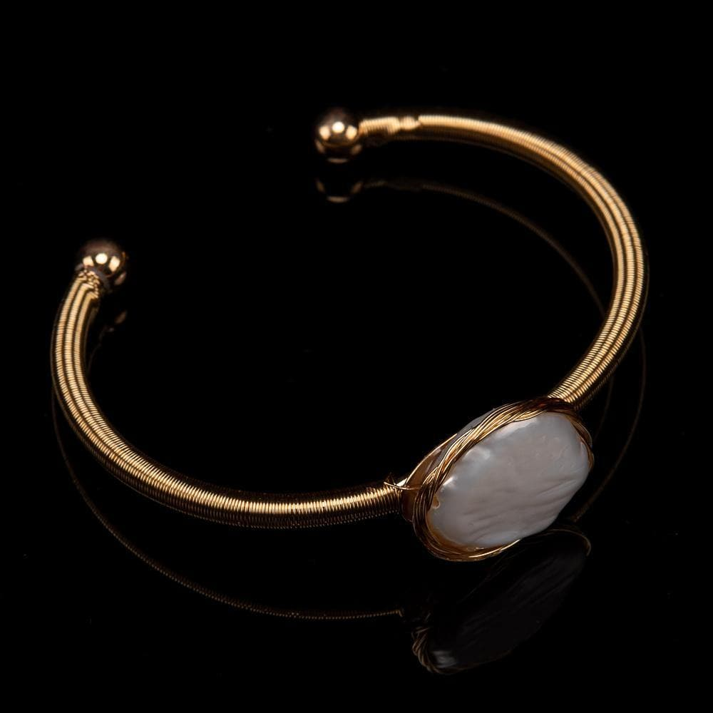 Baroque Pearl Bangle - Gold Edge - Akuna Pearls