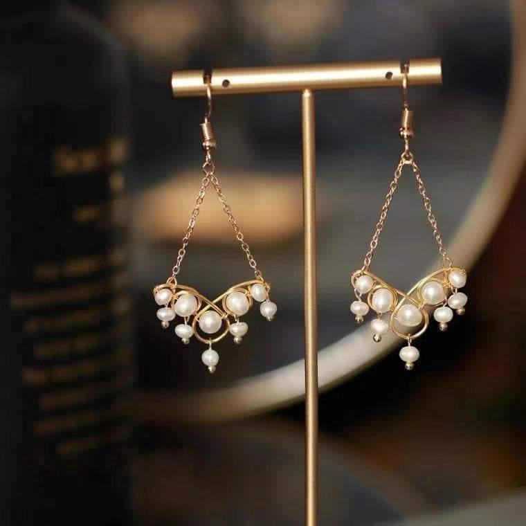 Freshwater Pearl Earrings - Eulalia - Akuna Pearls