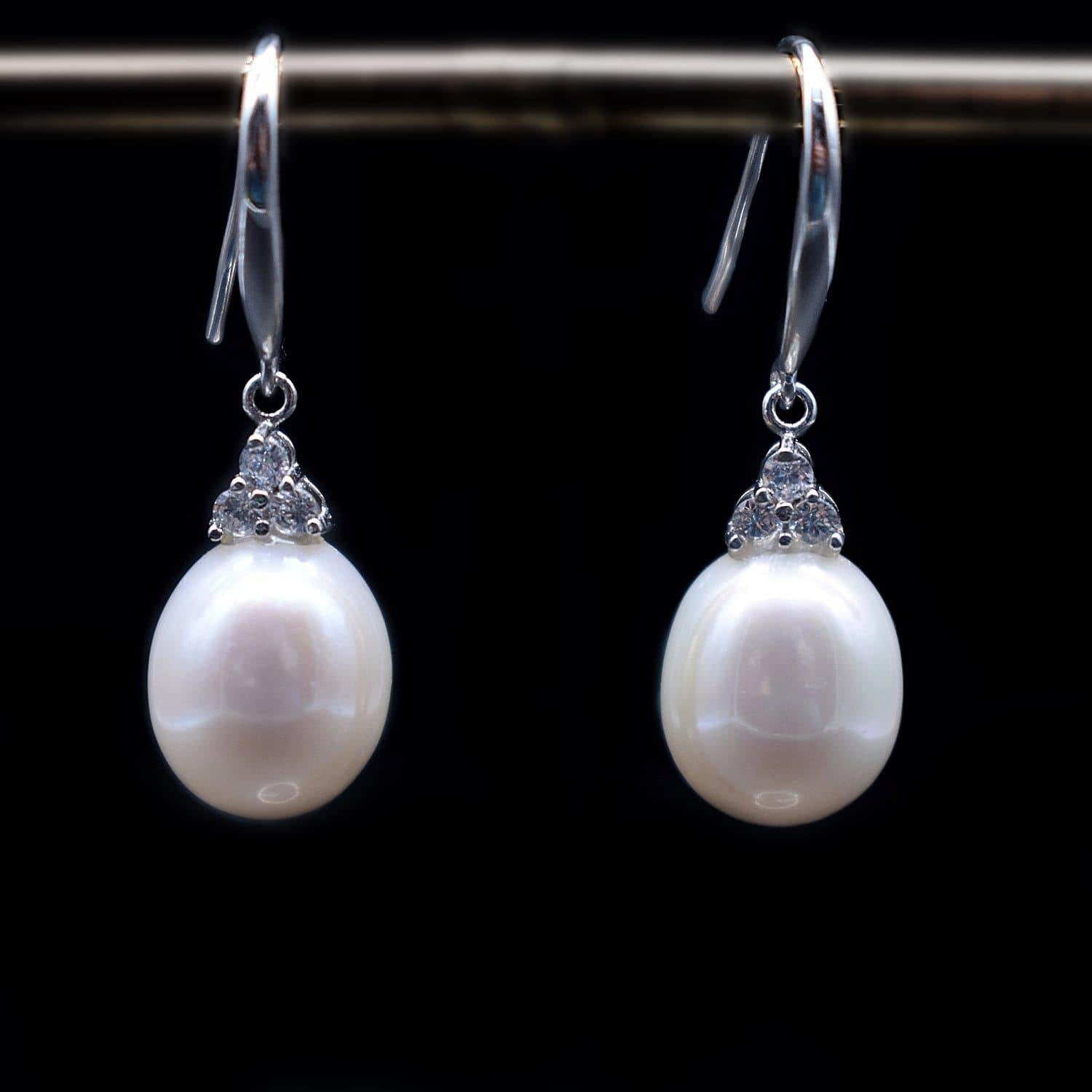 Freshwater Pearl Earrings - Trinity