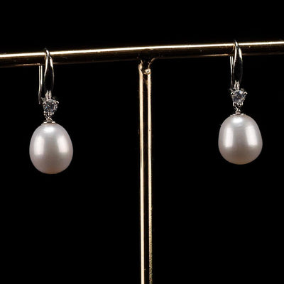 Freshwater Pearl Dropping Earrings - Pure White | Akuna Pearls | Freshwater Pearl Jewellery | Made in Australia