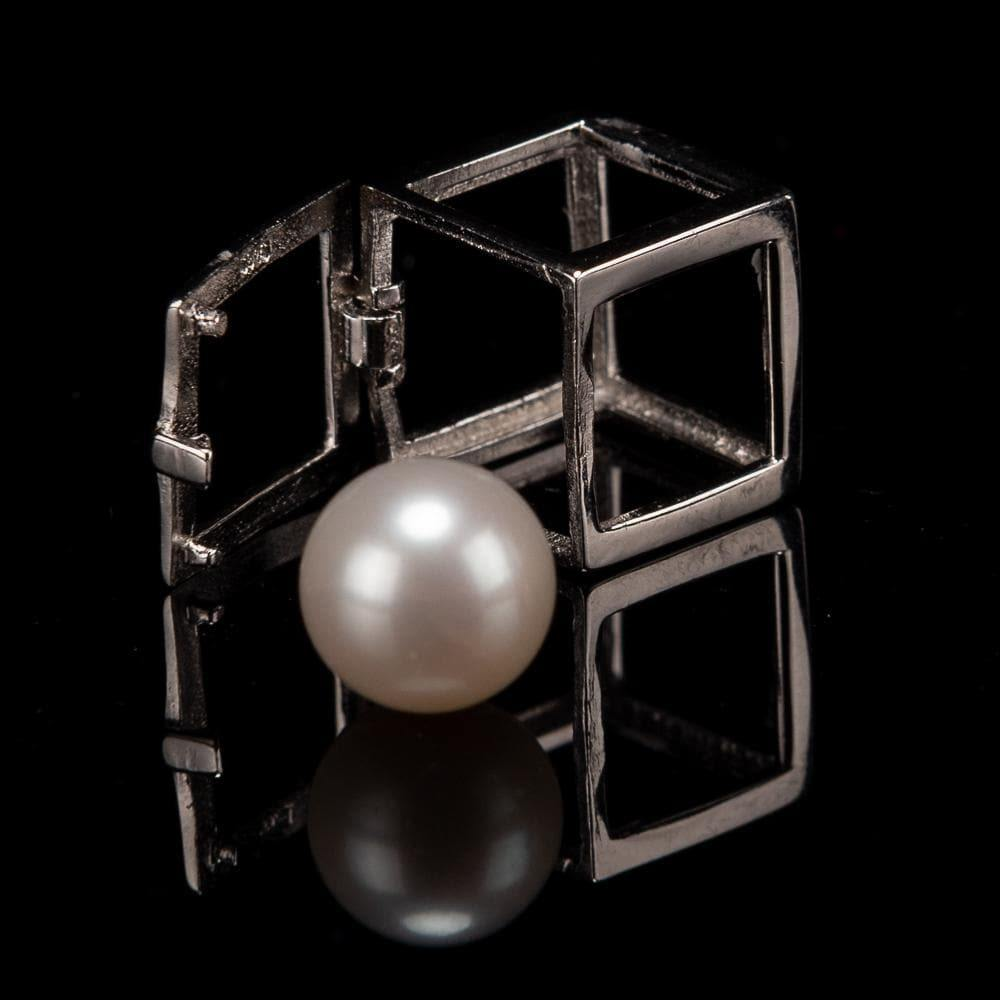 Freshwater Pearl Cage Pendant - Cube - Akuna Pearls