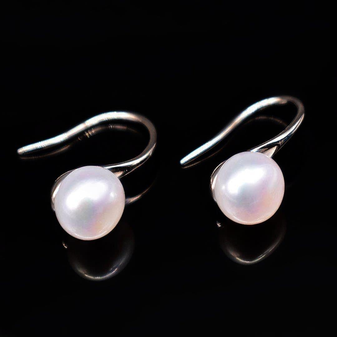 Freshwater Pearl Hook Earrings - High Heel - Akuna Pearls