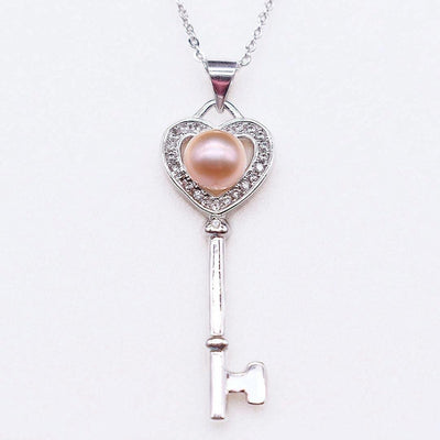Freshwater Pearl Pendant Necklace - Heart Key