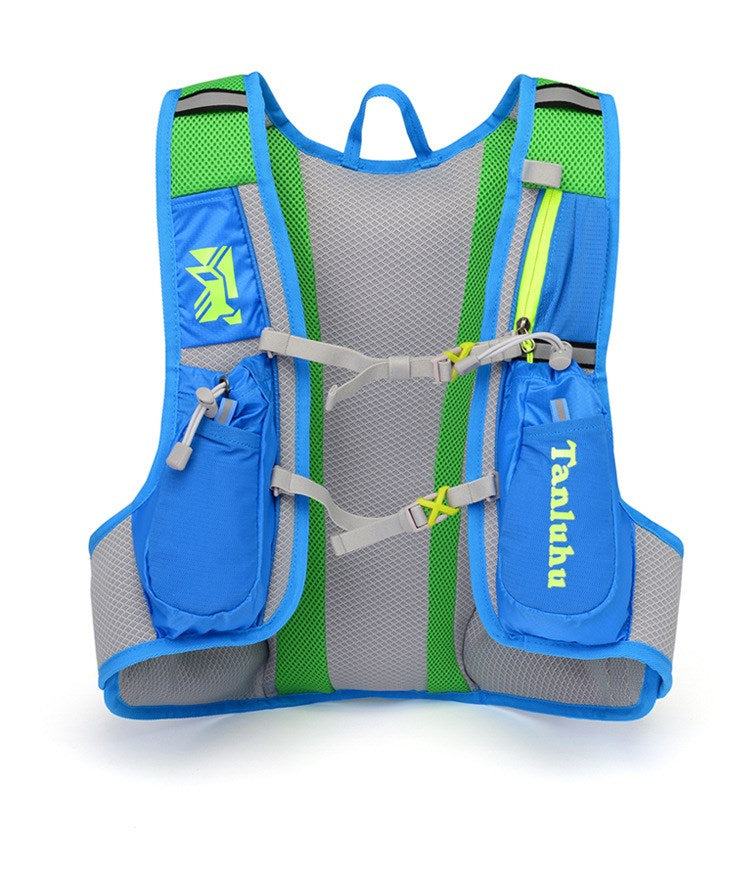 Blue 15 litre sports pack, front view