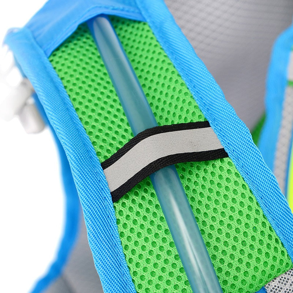Blue 15 litre sports pack, close up of shoulder straps