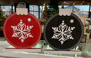 Red or Black Snowflake Reversible Sign