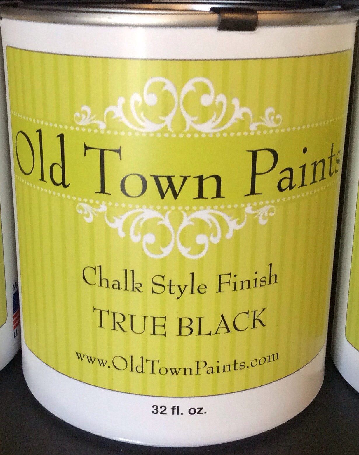 Chalk Style Finish Paint - 32oz - True Black