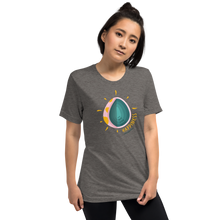 Load image into Gallery viewer, Gray Egg Tee